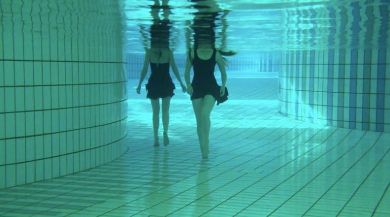 Filmstill 'Ontmoeting' 2011 - in samenwerking met Sanne Hemmelder en Tosca van den Braak