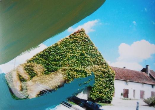 'Onderweg' 2013 - acryl op foto, 12 x 9 cm